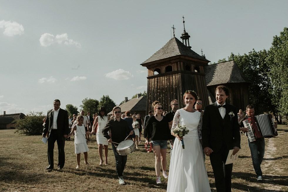 ślub w muzeum wsi kieleckiej