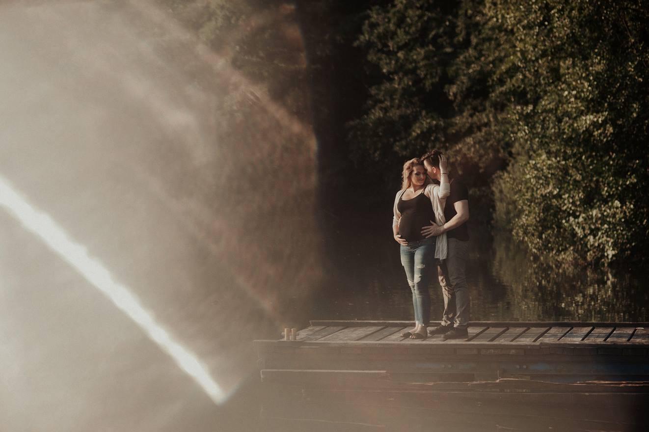 zdjęcia pary nad jeziorem